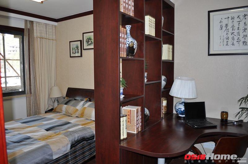 凤凰岭的实景样板房共有欧式和中式两种装修风格