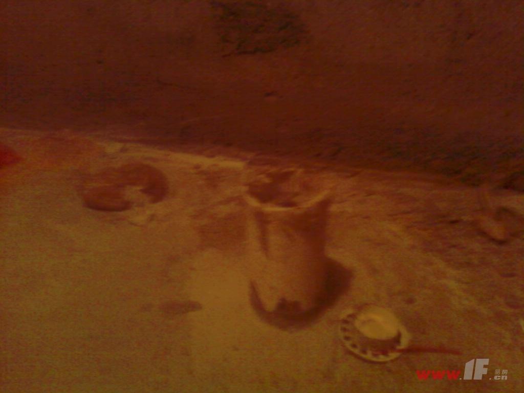 卫生间马桶位置