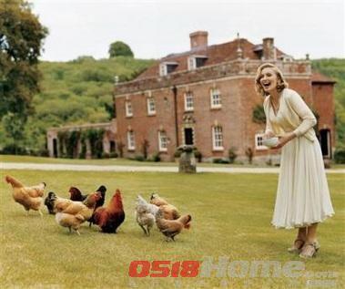 麦当娜购3亿豪宅 别墅花园内养鸡